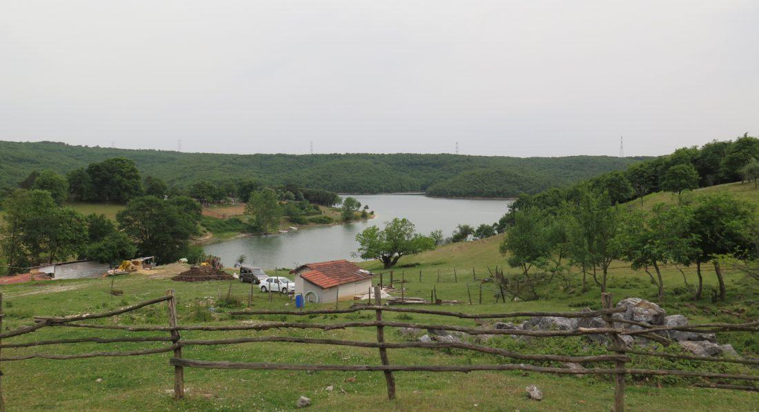 esenceli_koyu_Ömerli Baraj Gölü