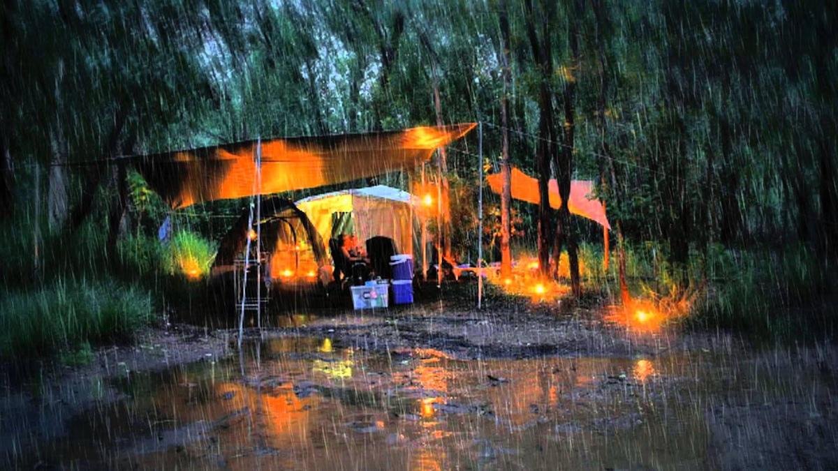 Yağmurda Kamp Yapmanın 12 Püf Noktası - Tek Başına da Olur